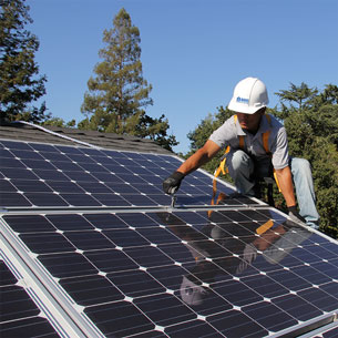 instalação-de-placas-de-energia-fotovoltaica